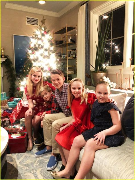 Reese Witherspoon & Her Family Get Festive on Christmas