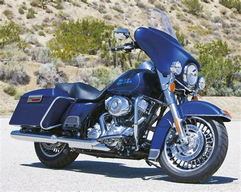 ELECTRA GLIDE STANDARD - TOURING - Galeries photos
