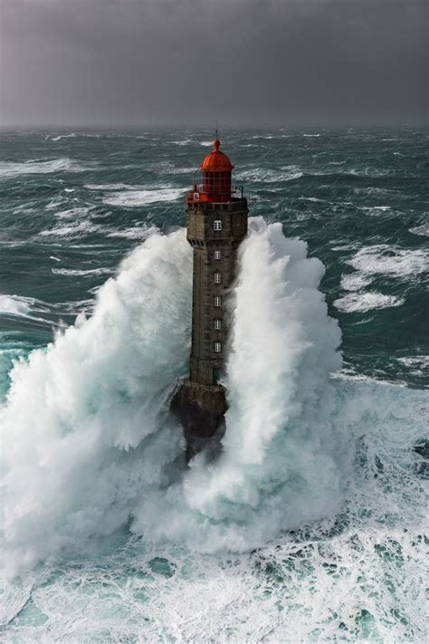 Les plus belles photos de Bretagne de Ronan Follic | Phare