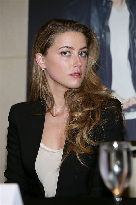Amber Heard – 2014 Texas Film Awards Press Conference in