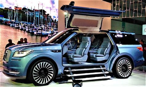 Flight of Lincoln Navigator concept SUV with the gull-wing