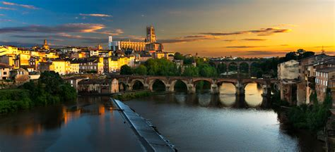 Toulouse Travel Guide | Discover Toulouse | Aegean Airlines
