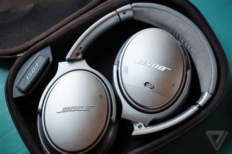 Bose QuietComfort 35 review: the best noise-canceling