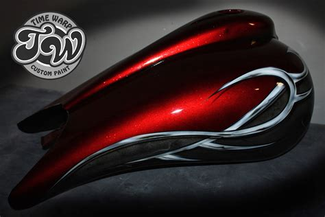 Online Motorcycle Paint Shop: Candy Apple Red / Silver