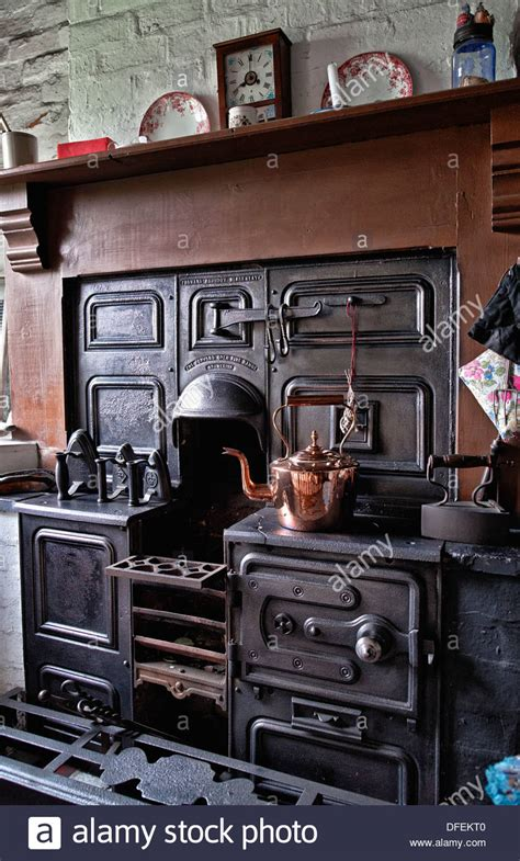 Cast iron open fire cooking range from the 1800's/early