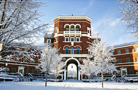 weatherfordsnow | Snow falls on OSU's campus in December