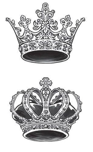 Top crown for sword tattoo