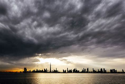 Why is it raining so much in Dubai this year? - Esquire