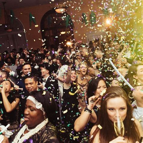 New Year's Eve Singles Party w/ 1-Hour Open Bar | Fever