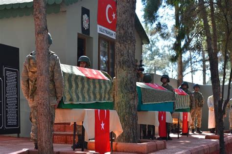 Turkey honours Suleyman Shah's remains at ceremony