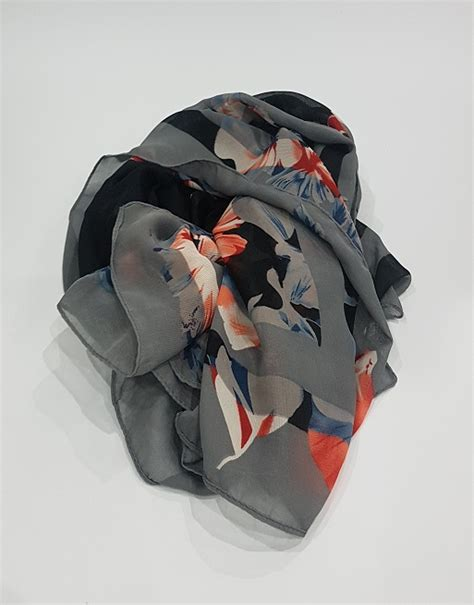 Amani's Noir Floral Scarf – Hijab Style UK Polyester