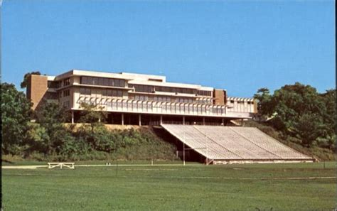 Centennial Union And Carlson Stadium, Luther College